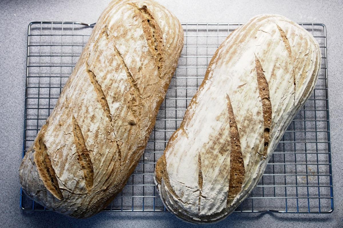 hapanleipä juurileipä leivonta leipä hapanjuuri itse tehty