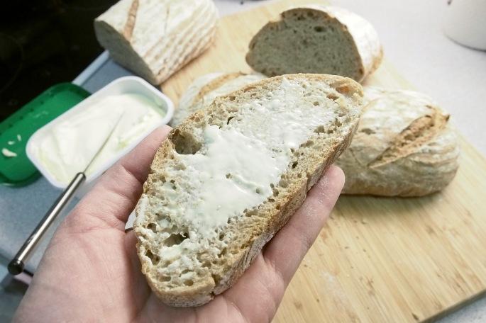 hapanjuuri juurileivonta tuore leipä oivariini hapanleipä