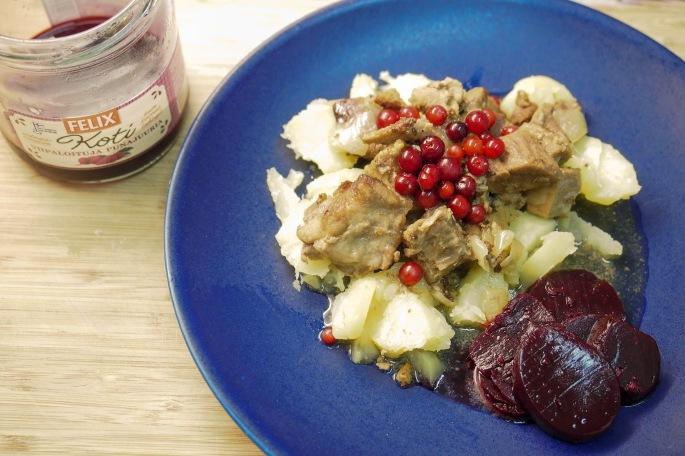 karjalan paisti ohje resepti felix punajuuri puolukka