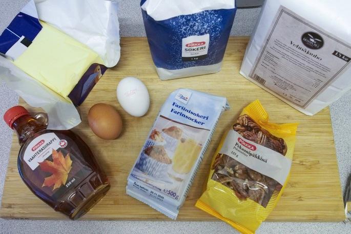 pekaanipähkinä piirakka piiras resepti vaahterasiirappi jälkiruoka