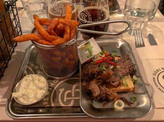 Sori Taproom arvostelu Helsinki ravintola kaupungin parhaat bataattiranskalaiset