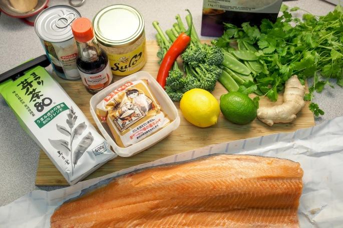 Jamie Oliver 15 minuutin ateriat vihreä tee lohi resepti