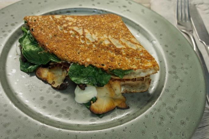 Galettes de sarrasin tattari ohukaiset resepti täytetty suolainen lettu kasvis täyte kinkku muna Comte juusto kuningas osteri vinokas