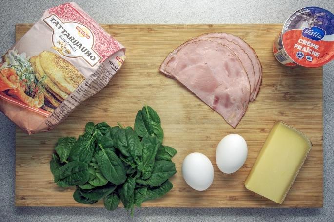 Galettes du sarrasin tattari ohukaiset resepti täytetty suolainen lettu kasvis täyte kinkku muna Comte juusto kuningas osteri vinokas
