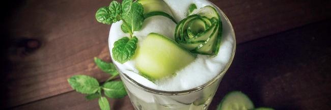Kurkku Cucumber sour gin drinkki valkuainen sellerikatkero